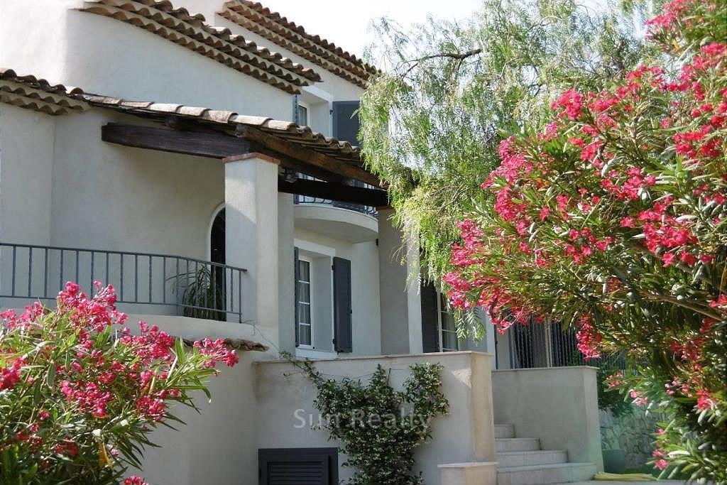 PXR_bout maison fleurie